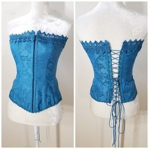 Frederick's of Hollywood   lace up back corset
